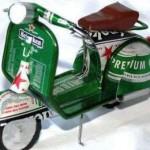 Motocicleta con los colores de la cerveza Heineken