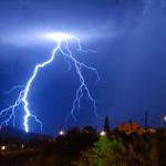 Energía producida por nubes de tormenta ayudarían a recargar tu teléfono móvil