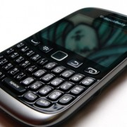 Blackberry_Curve_9320
