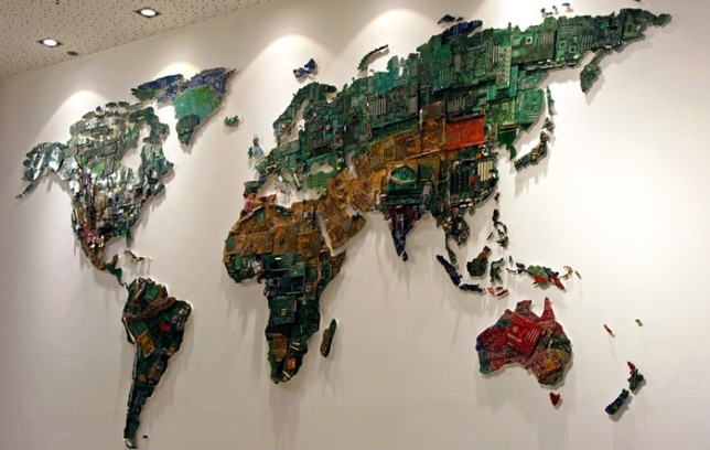 Mueble de gadget reciclado-2