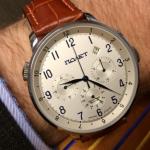 Chronos nos permite convertir un reloj analógico en un smartwatch
