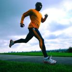 La actividad física en la mediana edad promueve la salud mental durante la vejez