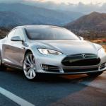 Tesla modelo S circula en piloto automático en reciente prueba