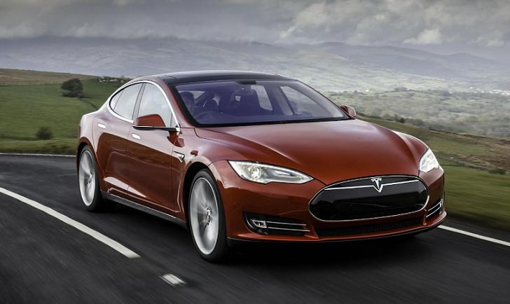 Primer accidente mortal en un Tesla con piloto automático