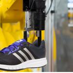 Adidas abrirá una fábrica con robots productores de calzado en los EE.UU.