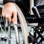 Singapur invertirá en el desarrollo de sillas de ruedas autónomas