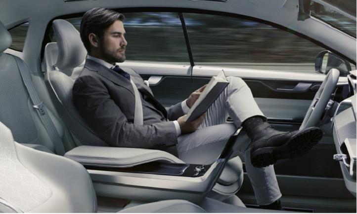 Volvo pronostica que los primeros autos de lujo autónomos llegaran en cinco años