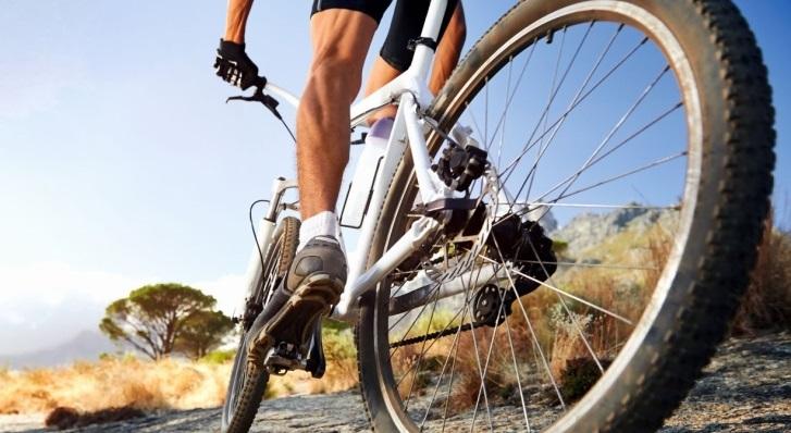 Movilizarnos en bicicleta reduce el riesgo de sufrir un ataque al corazón