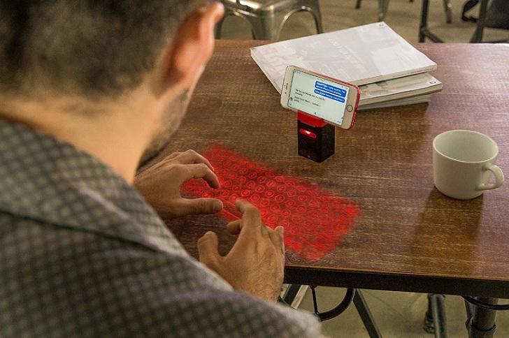 iKeybo, el teclado láser virtual que se proyecta sobre cualquier superficie