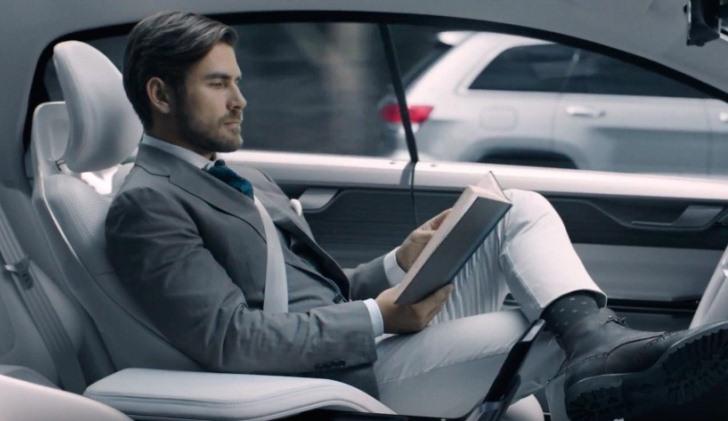 Ingresos por 7 billones de dólares moverá la industria de los coches autónomos en el 2050