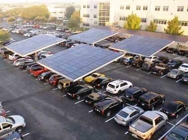 Dell y su Playa de Estacionamiento con Paneles Solares