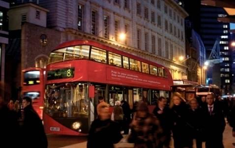 Un Moderno Bus para la Ciudad de Londres