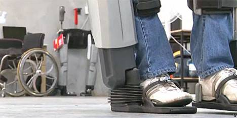 Rex, exoesqueleto robot que puede mejorar la vida de los discapacitados