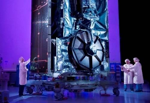 Ponen en órbita una moderna antena espacial