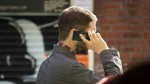 Confirman que los teléfonos móviles aceleran el metabolismo cerebral