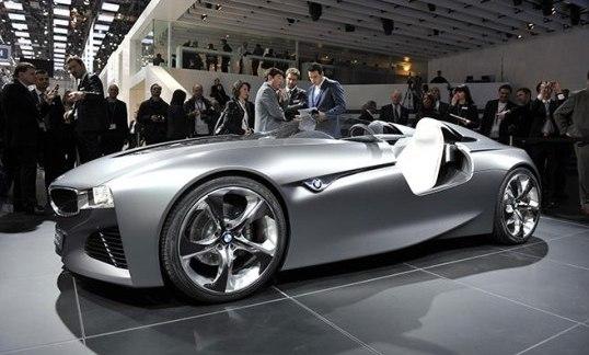El BMW Vision ConnectedDrive Concept: Un avanzado auto futurista