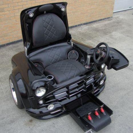 El sillón-volante simulador para fanáticos a los videojuegos
