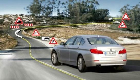 BMW desarrolla una transmisión automática que predice las curvas en las carreteras