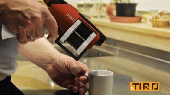 IL Tiro: Moderna Dispensadora de Café Espresso