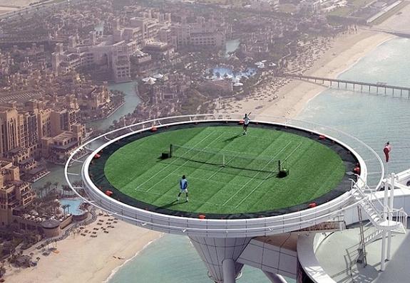La cancha de tenis más alta del mundo en el hotel Burj Al Arab