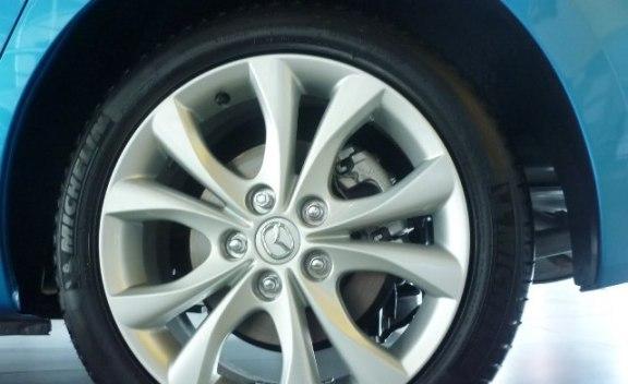 Goodyear desarrolla neumáticos que pueden inflarse solos