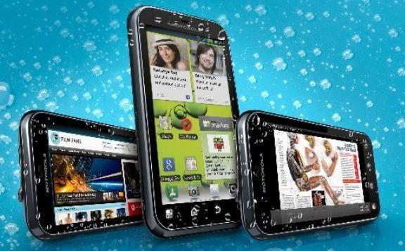Motorola Defy+: una Smartphone igual de resistente que su predecesor pero más potente