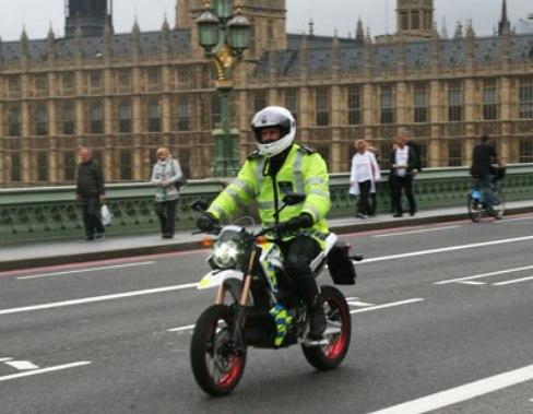 En Inglaterra las nuevas motos policiales son ecológicas