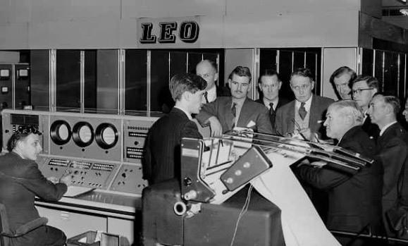 LEO, la primera computadora para negocios cumple 60 años