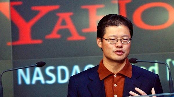 Yahoo! anuncia oficialmente renuncia de su co-fundador Jerry Yang