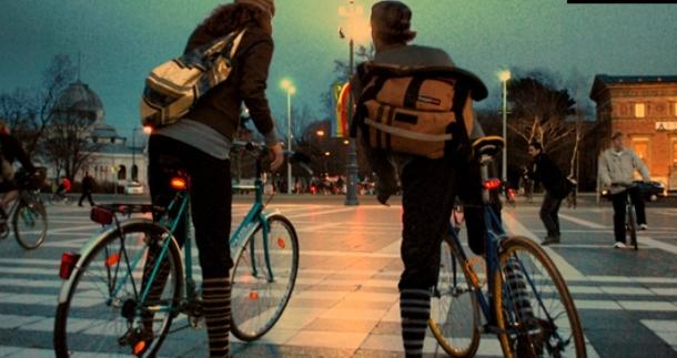 Francia: Ciclistas obtienen el derecho a saltarse la luz roja de los semáforos
