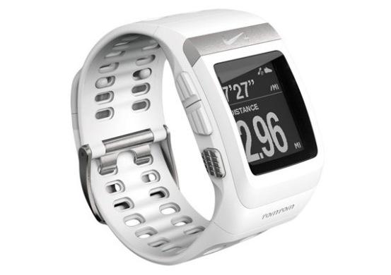 Nike+ SportWatch: la nueva edición del reloj en color blanco y acero