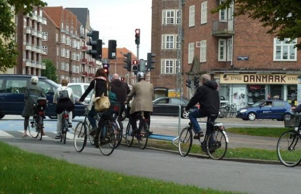 Ciudad de Copenhague inaugura red de autopistas para bicicletas