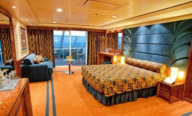 MSC Divina Yacht Club Suite.