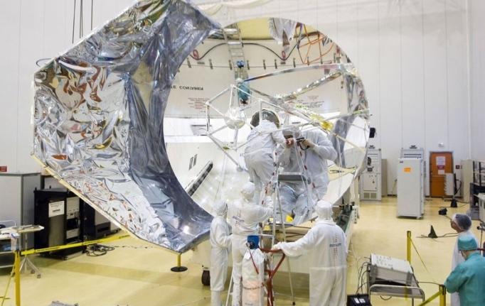 Observatorio espacial Herschel observa gran fusión de galaxias