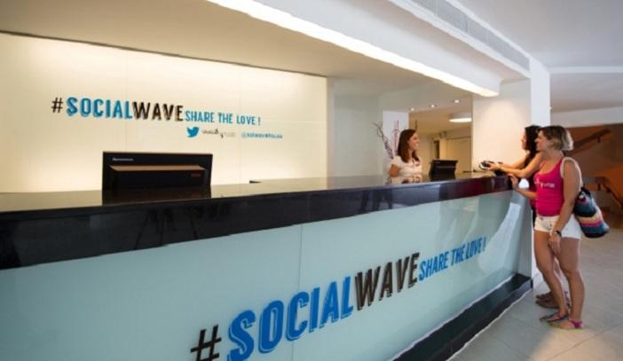 Hotel @SolWaveHouse, el primer hotel para los adictos a Twitter