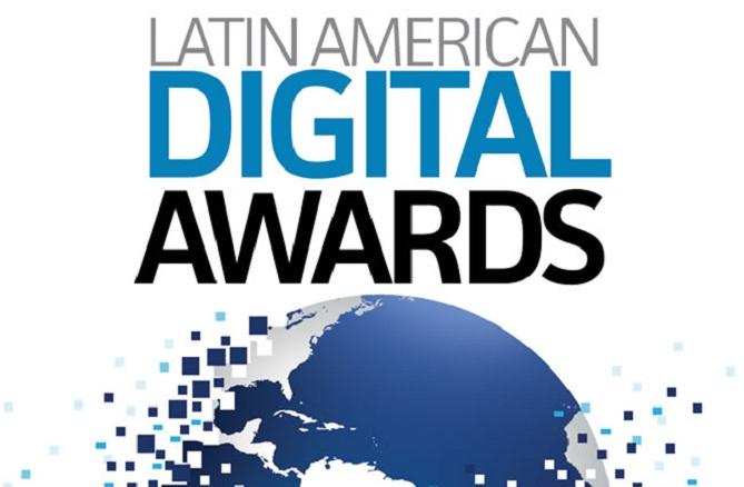 Epson galardonada en los premios PC World Latin América 2013