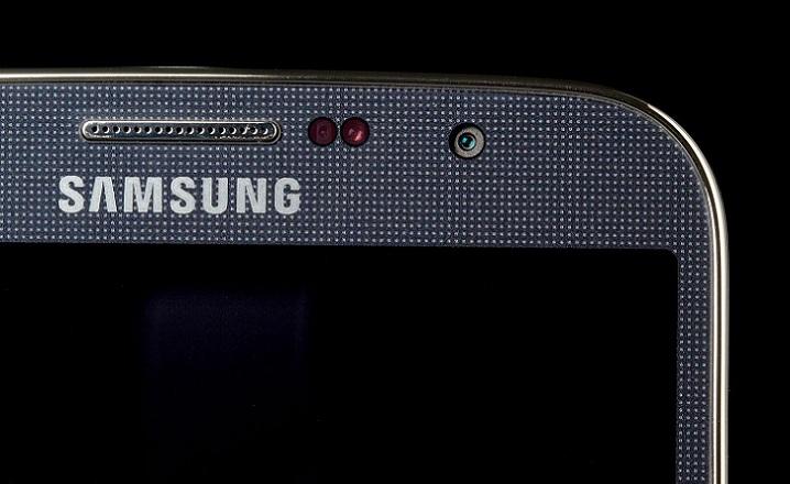 Samsung ya no adoptaría el usar un chasis de metal para su futuro Galaxy S5