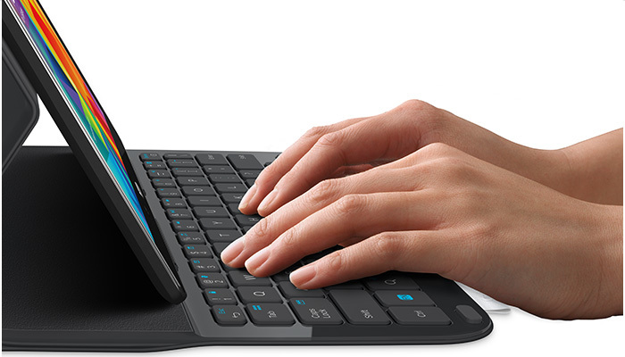 Logitech Ultrathin Keyboard Folio, teclado y estuche protector para el Samsung Galaxy Tab 4