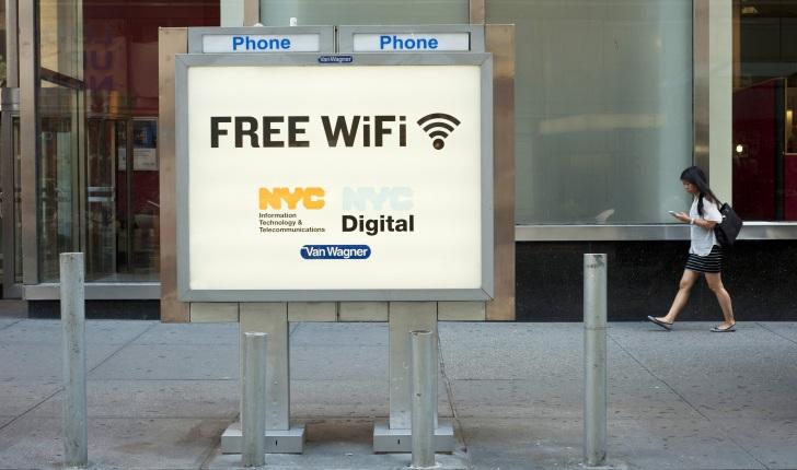 Nueva York reemplazara sus cabinas telefónicas por puntos WiFi gratuitos