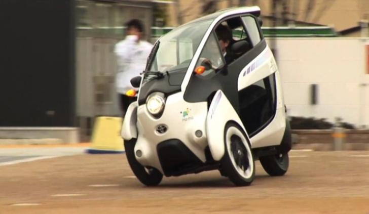 Toyota pone a disposición su monoplaza eléctrico a favor del público usuario francés