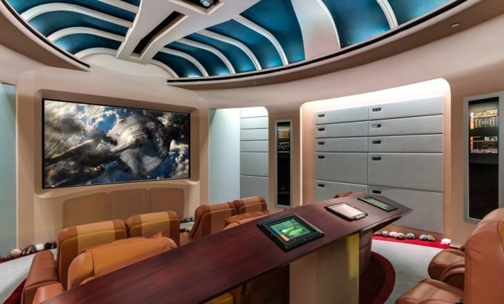 Una mansión con habitaciones inspiradas en Star Trek y Star Wars