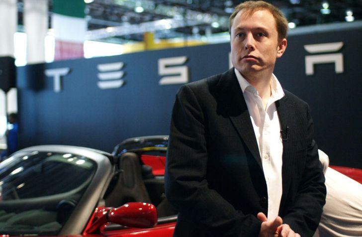 Elon Musk desea utilizar satélites para llevar Internet a todo el planeta