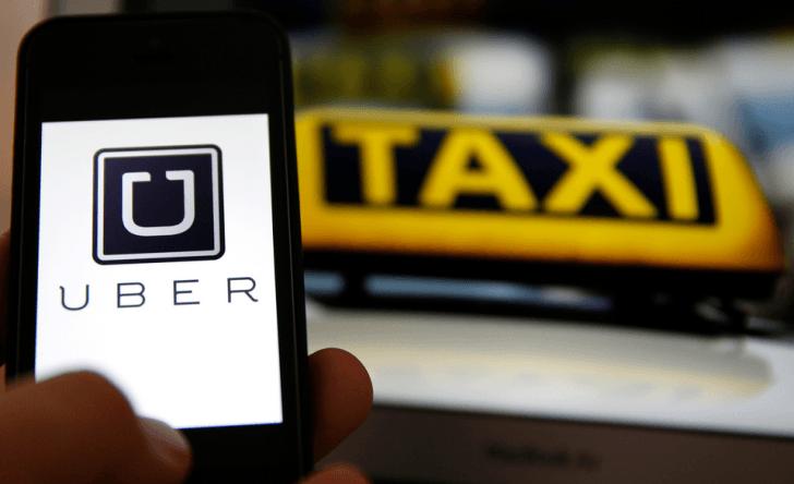 Porque Uber es un dolor de cabeza para el servicio de taxis tradicional