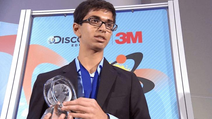 Joven científico hindú crea una batería económica que reduce los gases causantes del efecto invernadero