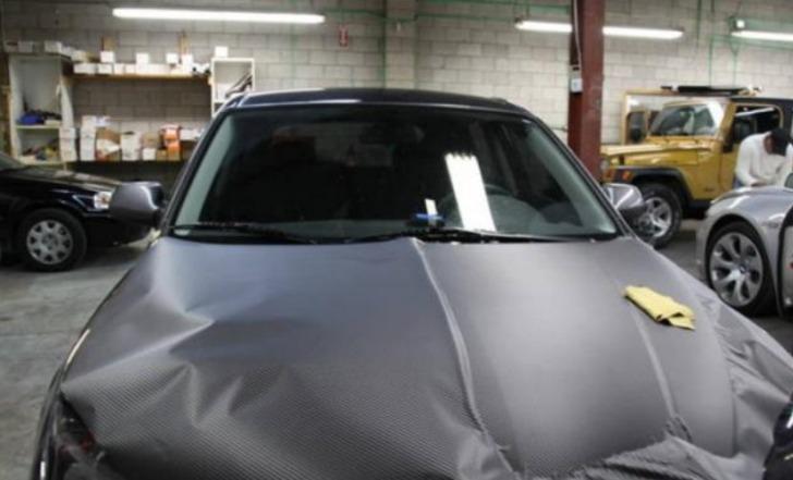En el Futuro mayoría de los coches serán fabricados con fibra de carbono reforzado
