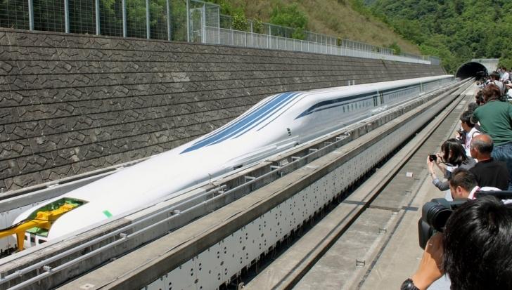 Japón bate récord de velocidad con sus trenes de levitación magnética