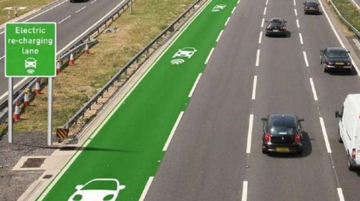 Reino Unido proyecta construir carreteras para recargar coches eléctricos