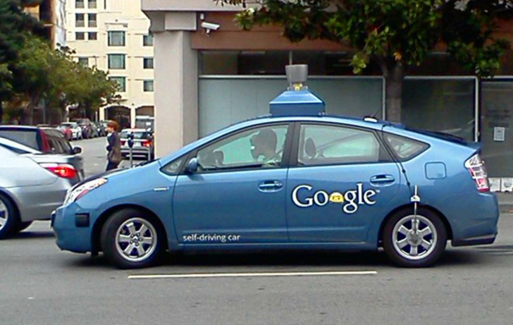 Google desea vender sus vehículos autónomos a todo el público en general