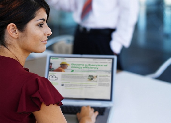 Schneider Electric certifica a profesionales mediante cursos e-learning