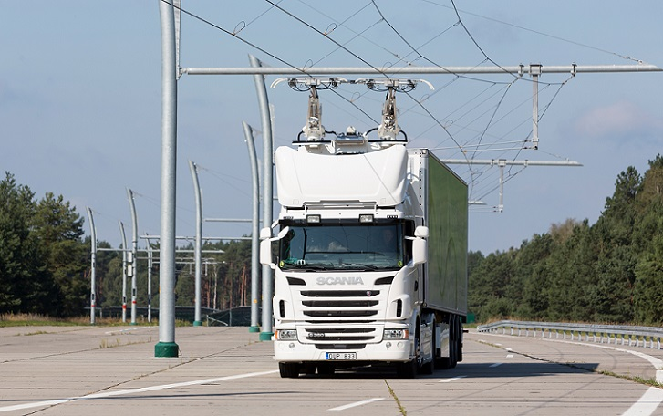 Suecia pone en marcha la primera autopista eléctrica para camiones
